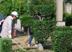 墓碑、その他の墓地内の施設の維持及び修復について